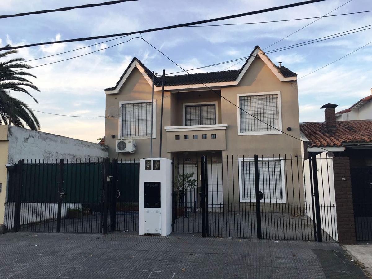 Foto Casa en Venta en  Villa Adelina,  San Isidro  Lamadrid 1140