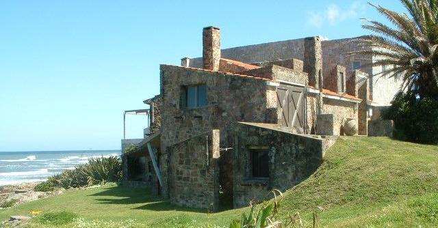 Foto Casa en Venta |  en  La Barra ,  Maldonado  PLAYA POSTA DEL CANGREJO