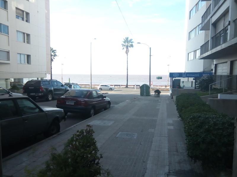 Foto Departamento en Alquiler | Venta en  Pocitos ,  Montevideo   GARAGE INCLUIDO