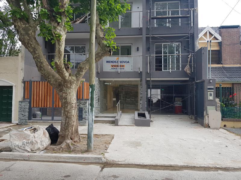 Foto Departamento en Alquiler en  Lomas de Zamora Oeste,  Lomas De Zamora  Larrea al 600