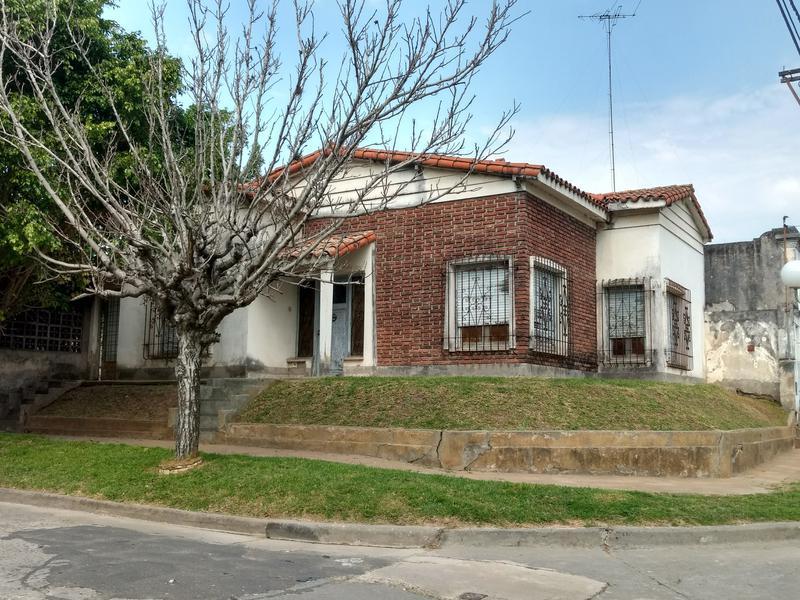 Foto Casa en Venta en  Zarate,  Zarate  San Martin al 1900