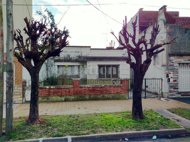 Foto Casa en Venta en  Lanús Oeste,  Lanús  Quintana 739