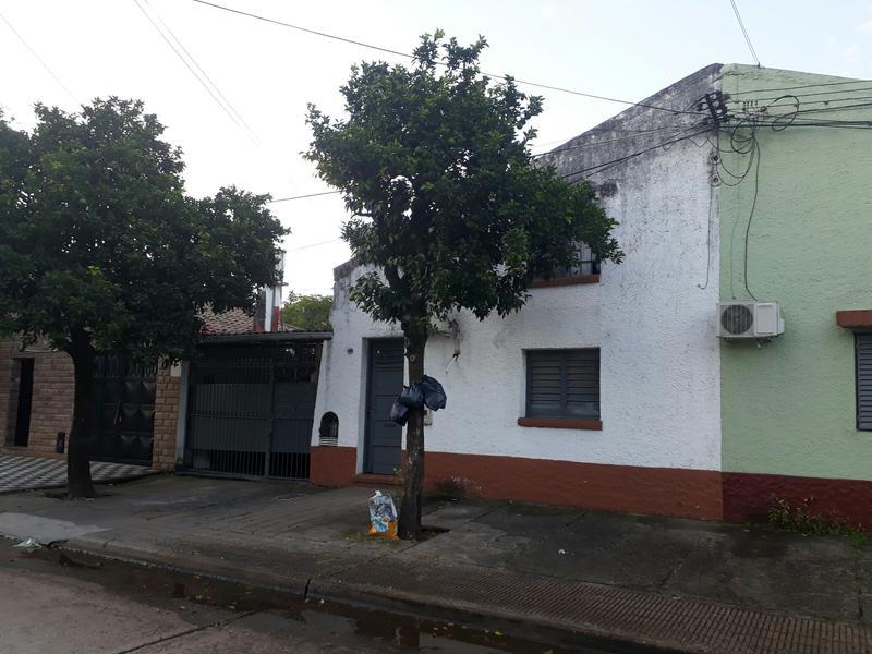 Foto Casa en Venta en  San Miguel De Tucumán,  Capital  Ideal oportunidad - Alt. Belgrano al 2500 .