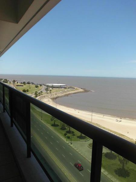 Foto Departamento en Alquiler en  Pocitos ,  Montevideo  Rambla República del Perú y Buxareo
