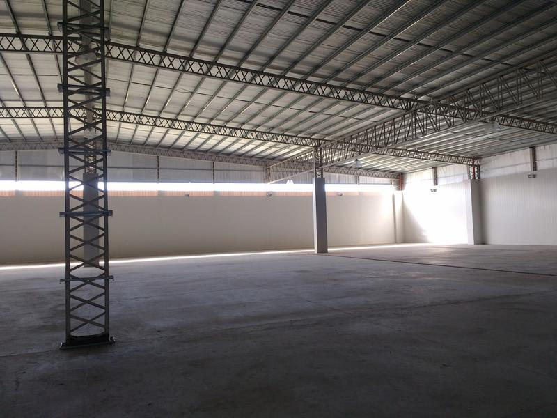 Foto Nave Industrial en Alquiler | Venta en  Campana,  Campana  Parque Industrial Campana. Panamericana Km 70