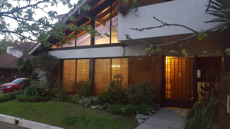 Foto Casa en Venta en  Adrogue,  Almirante Brown  ESPORA al 800