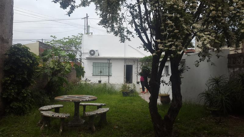 Foto Casa en Venta en  Lomas de Zamora Este,  Lomas De Zamora  Lamadrid al 2400