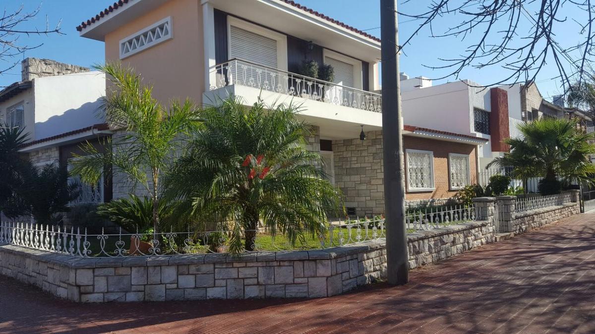 Foto Casa en Venta |  en  Cofico,  Cordoba  SUCRE al 1200