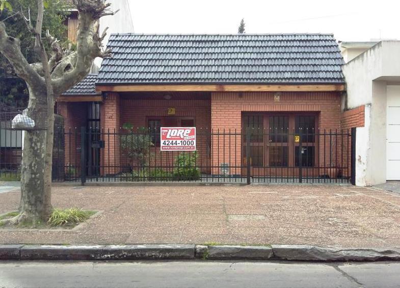 Foto Casa en Venta |  en  Lomas De Zamora,  Lomas De Zamora  Salguero 42