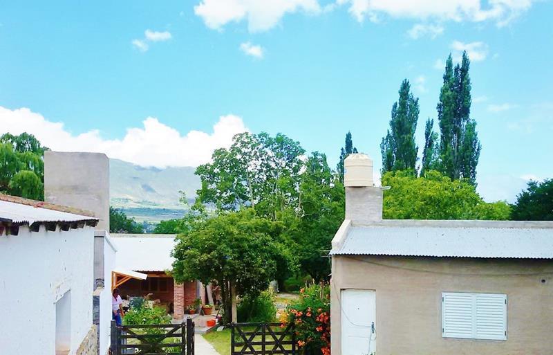 Foto Departamento en Alquiler temporario en  Tafi Del Valle ,  Tucumán  Av. Perón 400 p/3 pers, Centro Tafí del Valle