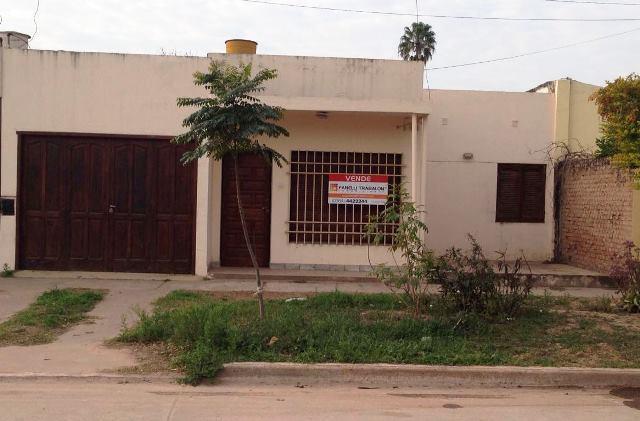 Foto Casa en Venta en  Pampa Del Infierno,  Almirante Brown  Resistencia e/ Malvinas Argentinas y Buenos Aires