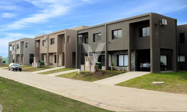Foto Casa en Venta en  Paso Del Rey,  Moreno  Int. Corvalan ,Maria Eugenia residences village, Moreno, Bs.as. G.b.a. Oeste