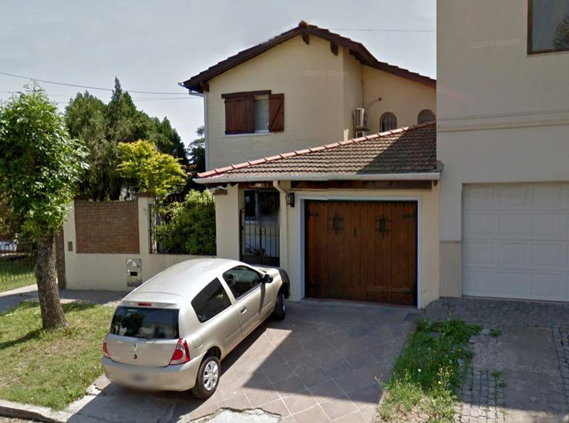 Foto Casa en Venta en  Centro (Campana),  Campana  Andrés Del Pino al 900