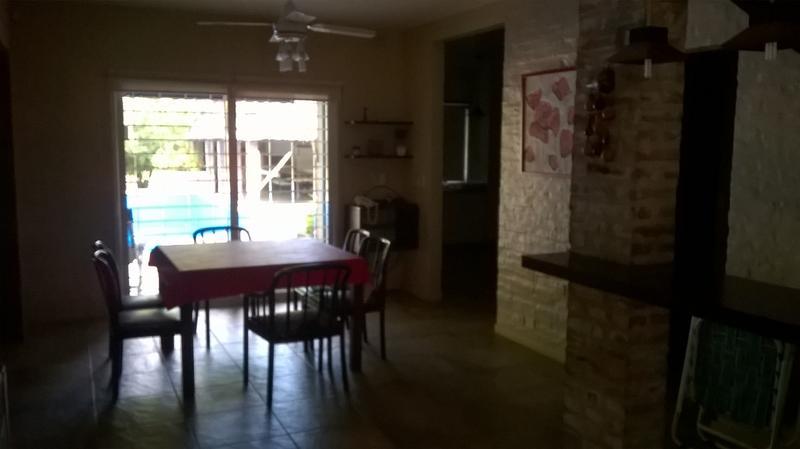 Foto Casa en Venta   Alquiler temporario en  Barrio Parque Leloir,  Ituzaingo  Vidalita