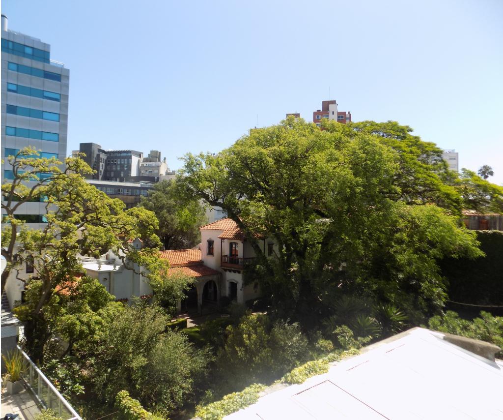 Foto Departamento en Venta en  Punta Carretas ,  Montevideo  Rambla Gandhi y Zorrilla
