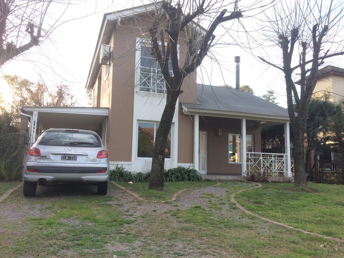 Foto Casa en Alquiler en  Haras Maria Eugenia,  Countries/B.Cerrado  Intendente Corvalan al 2400