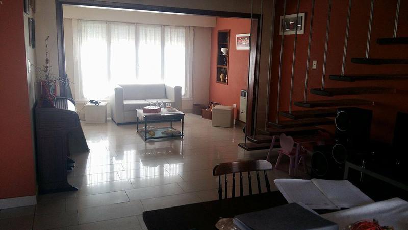 Foto Casa en Alquiler en  Centro (Campana),  Campana  9 de julio N°690