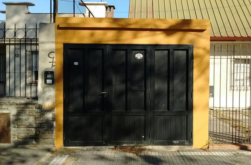 Foto PH en Venta |  en  Lomas De Zamora ,  G.B.A. Zona Sur  Castelli 1254 depto 2