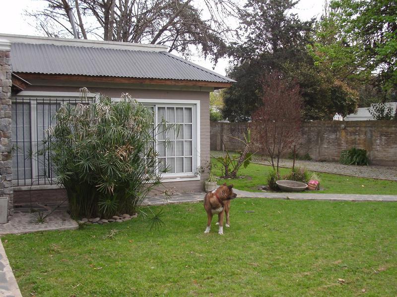 Foto Casa en Venta en  Villa Gobernador Udaondo,  Ituzaingo  DR NICOLAS REPETTO entre  y