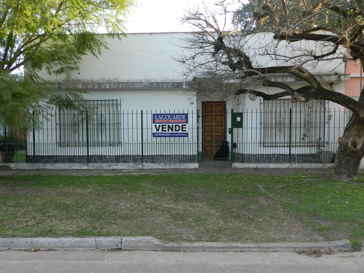 Foto Casa en Venta en  Los Cardales,  Exaltacion De La Cruz  Casa en Pueblo de Los Cardales