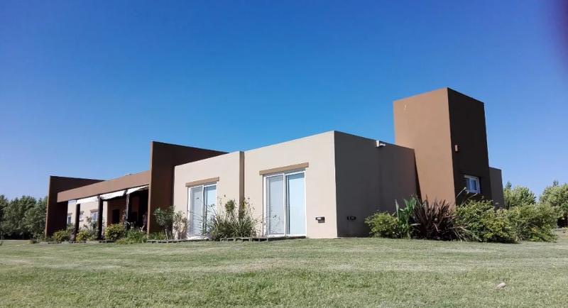 Foto Casa en Venta en  La Ranita,  Manzanares  La Ranita