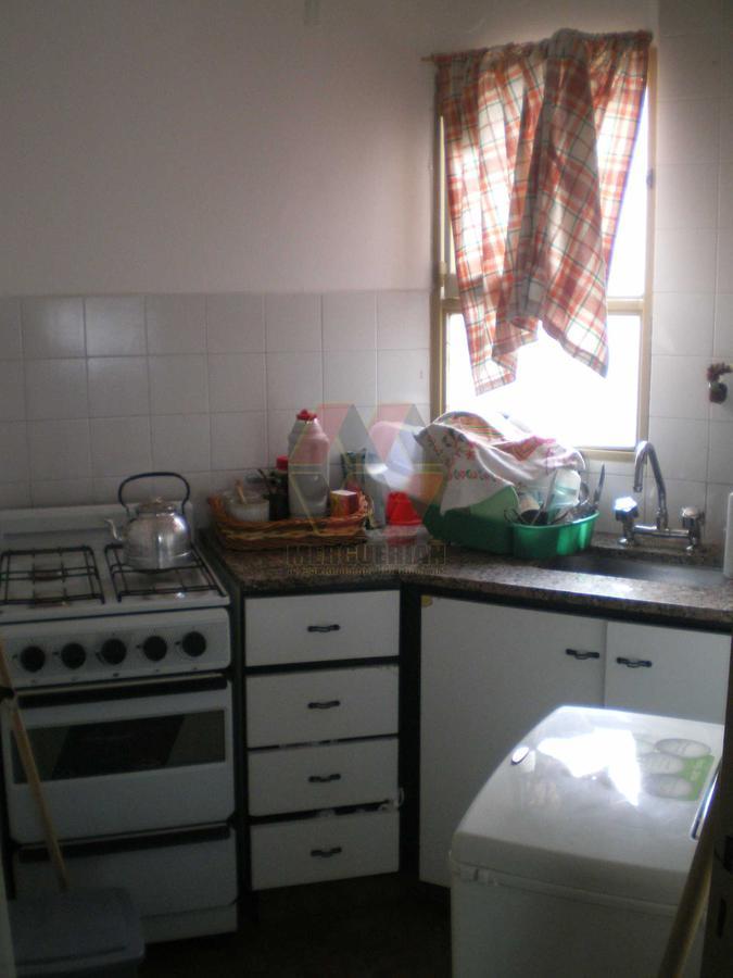 Foto Departamento en Venta en  Alberdi,  Cordoba  Neuquén 100