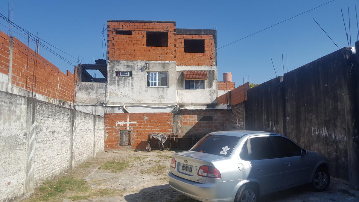 Foto Casa en Venta |  en  Virreyes,  San Fernando  Gandolfo al 3200