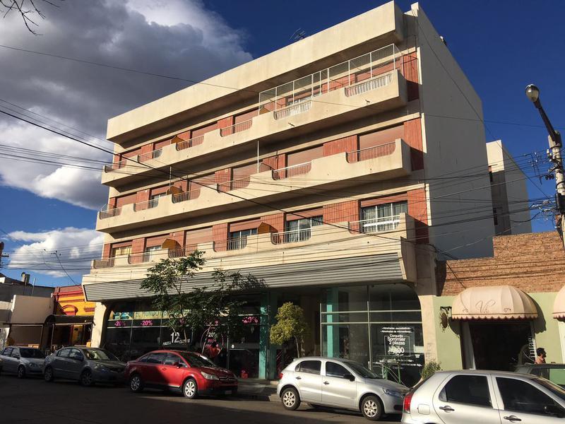 Foto Departamento en Venta en  Trelew ,  Chubut  Moreno al 300