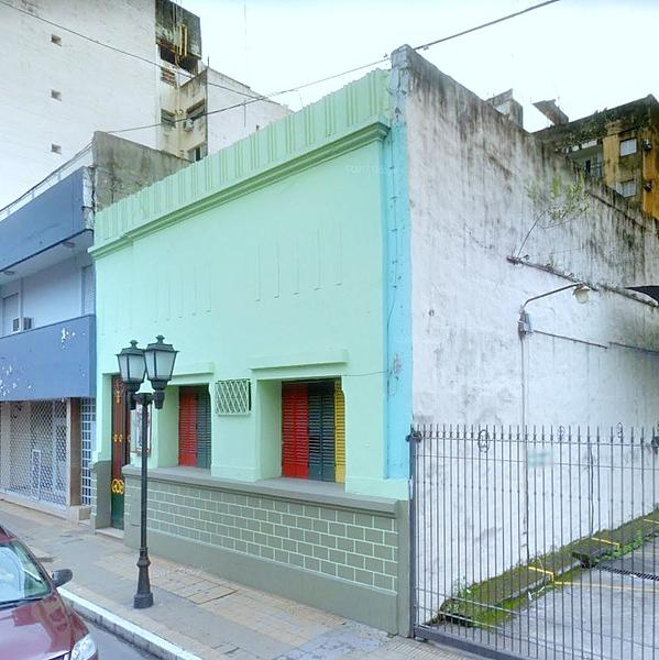 Foto Casa en Alquiler en  San Miguel De Tucumán,  Capital   IDEAL EMPREDIMIENTO COMERCIAL 9 DE JULIO AL 300