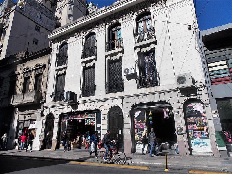 Foto Departamento en Venta en  Balvanera ,  Capital Federal  Juan Domingo Peron y Castelli