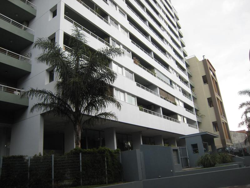 Foto Departamento en Venta en  Olivos-Vias/Rio,  Olivos  Av. del Libertador 3042 9º I