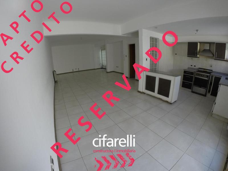 Foto Casa en Venta en  P.Avellaneda ,  Capital Federal  LAGUNA 1000