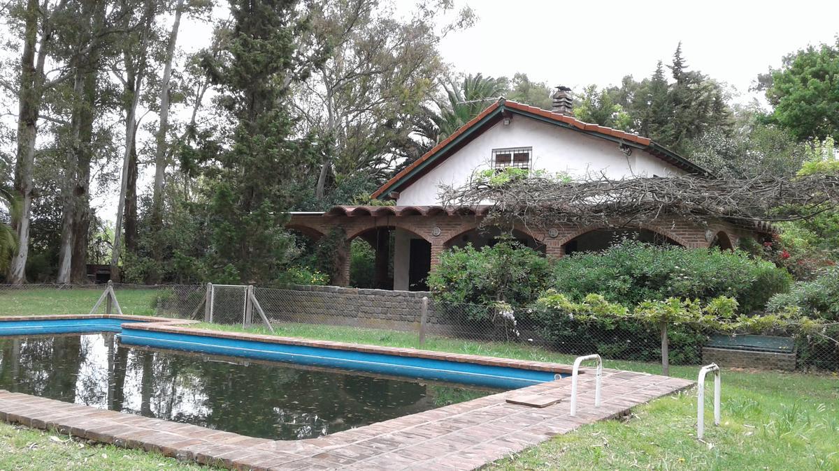 Foto Quinta en Venta en  La Pista,  Ingeniero Maschwitz  Roentgen e/Colombres y Espora