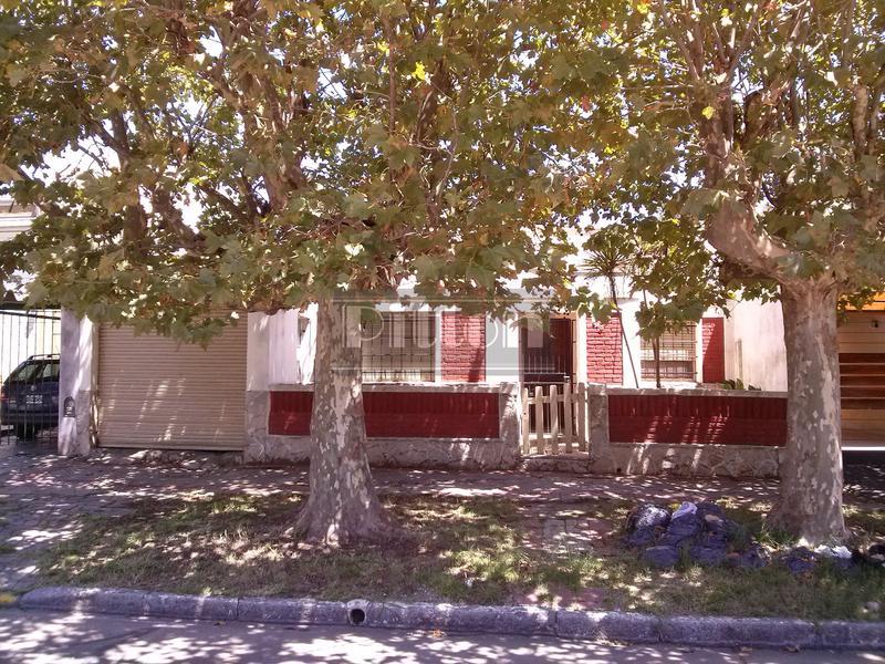 Foto Terreno en Venta en  Lomas de Zamora Este,  Lomas De Zamora  Pueyrredón 670