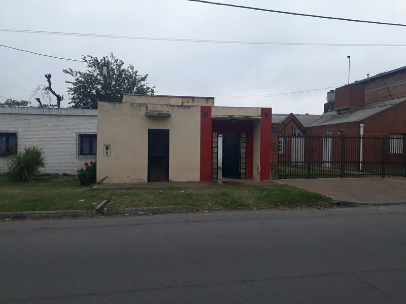 Foto Local en Venta en  San Miguel De Tucumán,  Capital  San Lorenzo al 2500