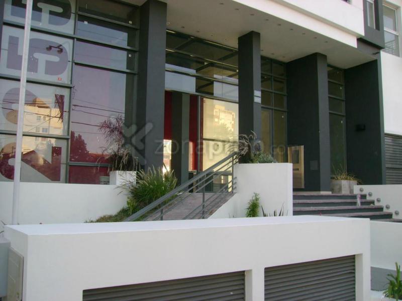 Foto Departamento en Venta en  Lomas De Zamora,  Lomas De Zamora  Av.alte Brown 2200