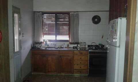 Foto Casa en Venta en  Gerli,  Lanus  Sargento Cabral al 1200