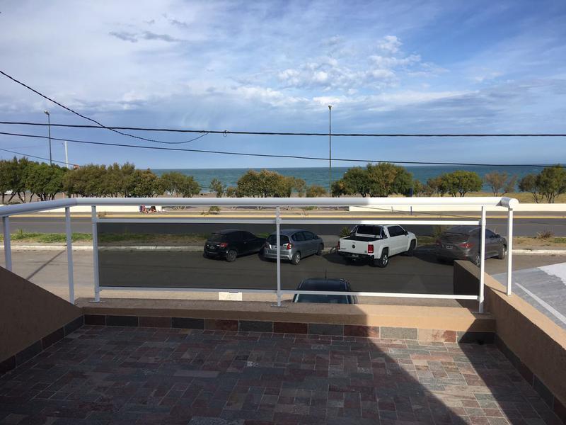 Foto PH en Venta en  Playa Union,  Rawson  Frente al Mar dupllex  Playa Unión