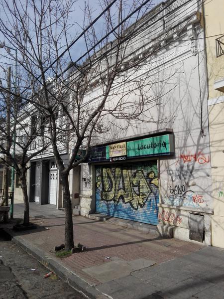 Foto Local en Alquiler en  Lomas de Zamora Oeste,  Lomas De Zamora  Portela 664