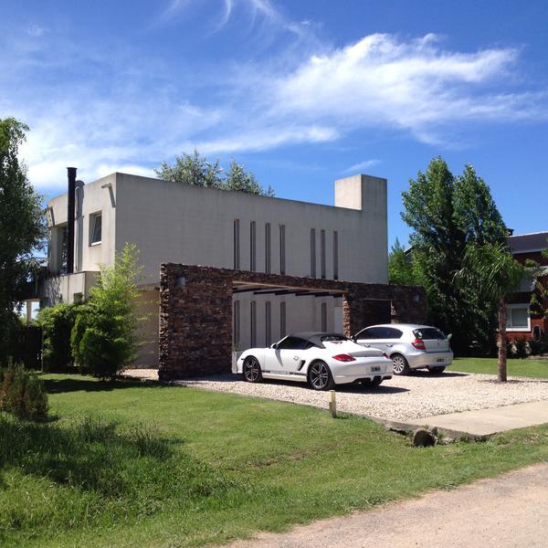 Foto Casa en Alquiler en  Altos De Manzanares,  Countries/B.Cerrado  Altos de Manzanares Country Club