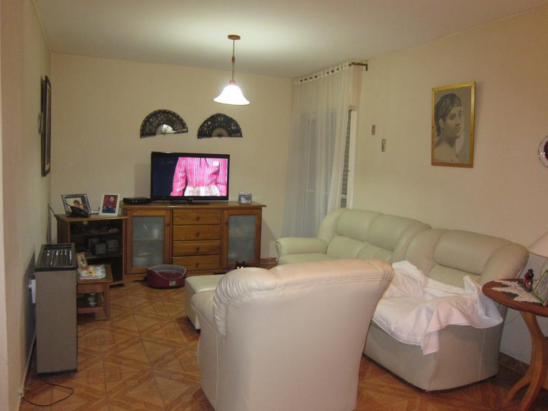 Foto Casa en Venta en  Trelew ,  Chubut  Portugal al 1000