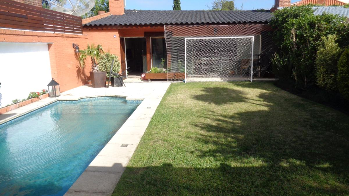 Foto Casa en Venta en  Pocitos ,  Montevideo  Marco Bruto y Antonio Costa
