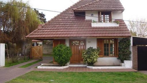 Foto Casa en Venta en  City Bell,  La Plata  19 e/ 477 y 478 bis