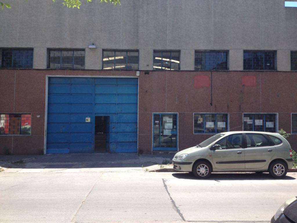 Foto Local en Alquiler en  Aguada ,  Montevideo  Aprox AGRACIADA  Y SANTA FE