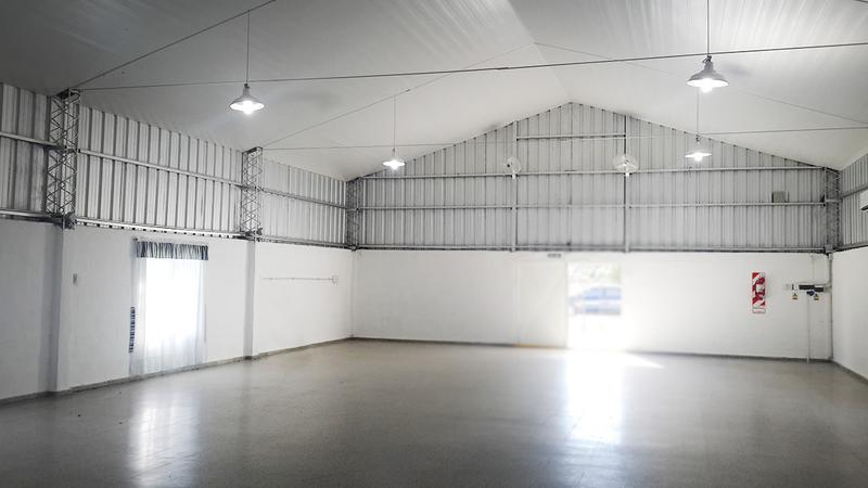 Foto Depósito en Venta en  General Pico,  Maraco  Zona Autódromo