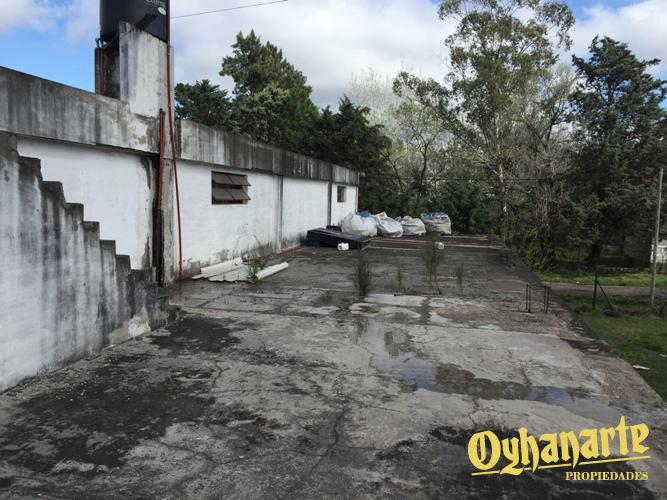 Foto Depósito en Alquiler en  General Rodriguez,  General Rodriguez  ACCESO OESTE (Colectora Norte) entre MONROE y