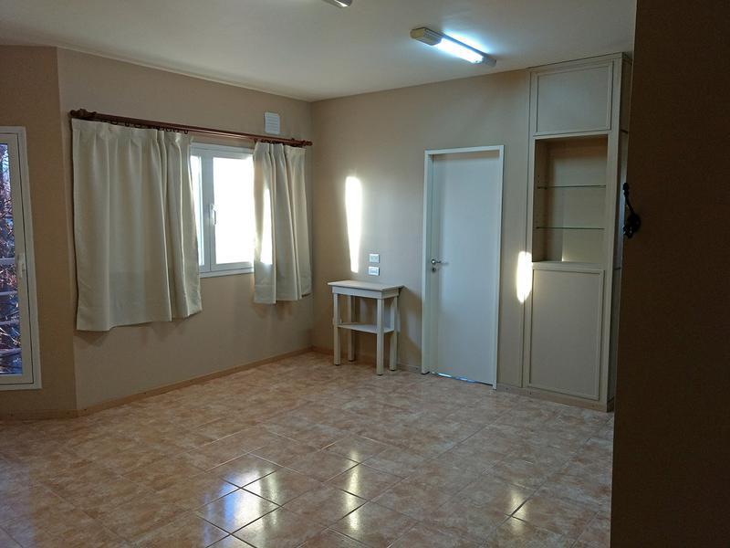 Foto Departamento en Alquiler en  Centro (Campana),  Campana  Sivori al 1100