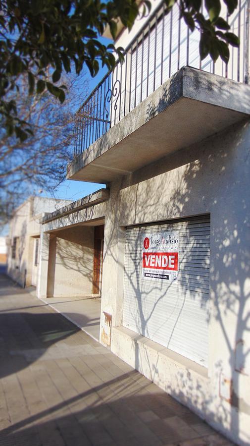 Foto Casa en Venta en  Pacífico,  General Pico  calle 13 e/ 32 y 30