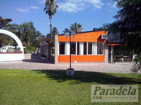 Foto Edificio Comercial en Venta en  Barrio Parque Leloir,  Ituzaingo  Barrio Parque Leloir