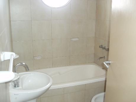 Foto Departamento en Venta en  Avellaneda,  Avellaneda  Mitre 1800
